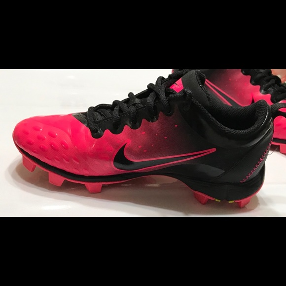 Nike Other - NikeSize 4.5 Fastflex softball shoes for women